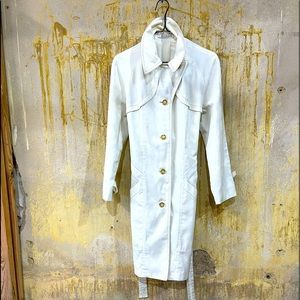 Vintage Misty Harbor LTD White All Weather coat